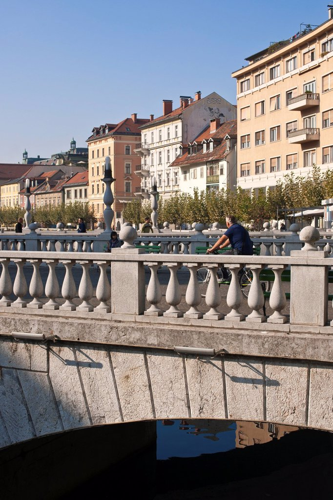 Slovenia, Ljubljana, capital town of Slovenia, the Triple Bridge : Stock Photo