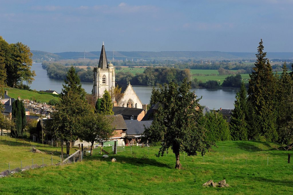 France, Seine Maritime, Villequier and the river Seine where Leopoldine Hugo died of drowing in 1843 : Stock Photo