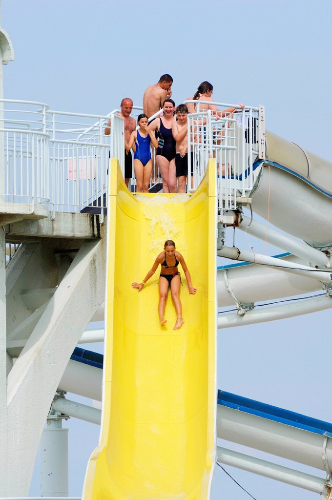 Stock Photo: 1792-143678 France, Pas de Calais, Cote d´Opale, Le Touquet, Aqualud, drop on the big yellow slide