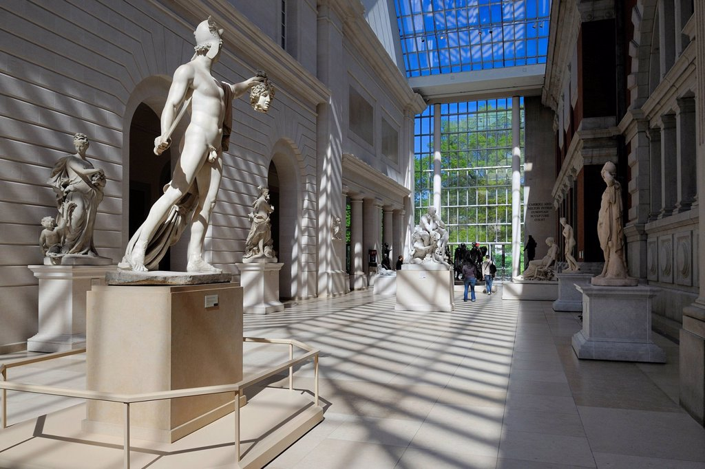 United States, New York, Manhattan, East Side, Metropolitan Museum of art MET, courtyard of European sculptures, Perseus and the head of Medusa by Antonio Canova : Stock Photo