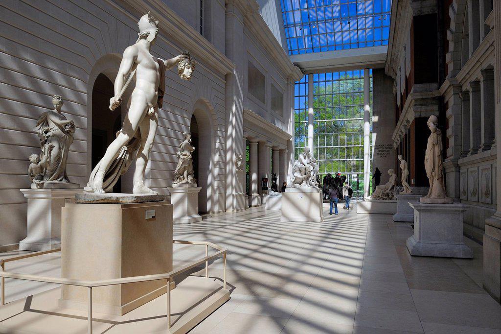Stock Photo: 1792-146383 United States, New York, Manhattan, East Side, Metropolitan Museum of art MET, courtyard of European sculptures, Perseus and the head of Medusa by Antonio Canova