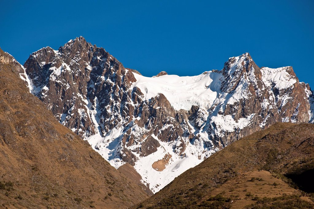 Peru, Cuzco province, Cordillera Vilcabamba, the top of Humantay 5780m achieved by melting ice due to global warming : Stock Photo