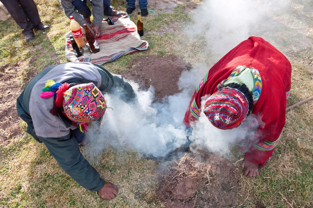 Stock Photo: 1792-148409 Peru, Cuzco province, Huasao, listed as mystic touristic village, shamans curanderos, ceremonial offerings dedicated to Pachamama, which aims to thank the earth
