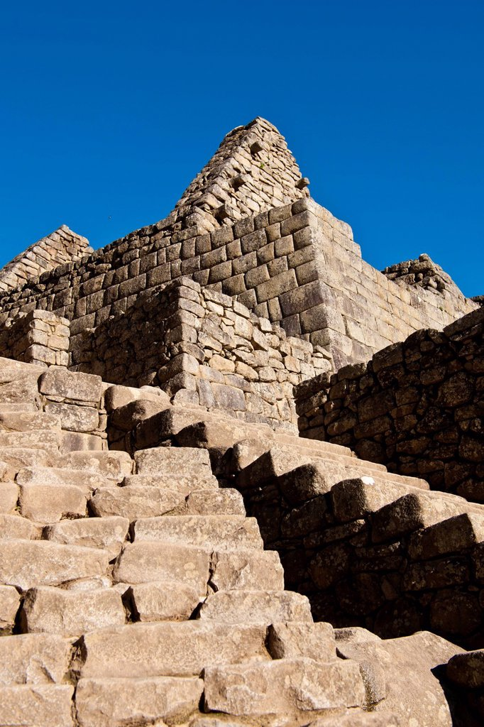 Stock Photo: 1792-149096 Peru, Cuzco Province, Incas sacred valley, Inca archeological site of Machu Picchu, listed as World Heritage by UNESCO, built in the 15th century under the reign of Pachacutec Pachacuti Inca Yupanqui, the site was discovered by explorer Hiram Bingham in 1. Peru, Cuzco Province, Incas sacred valley, Inca archeological site of Machu Picchu, listed as World Heritage by UNESCO, built in the 15th century under the reign of Pachacutec Pachacuti Inca Yupanqui, the site was discovered by explorer Hiram