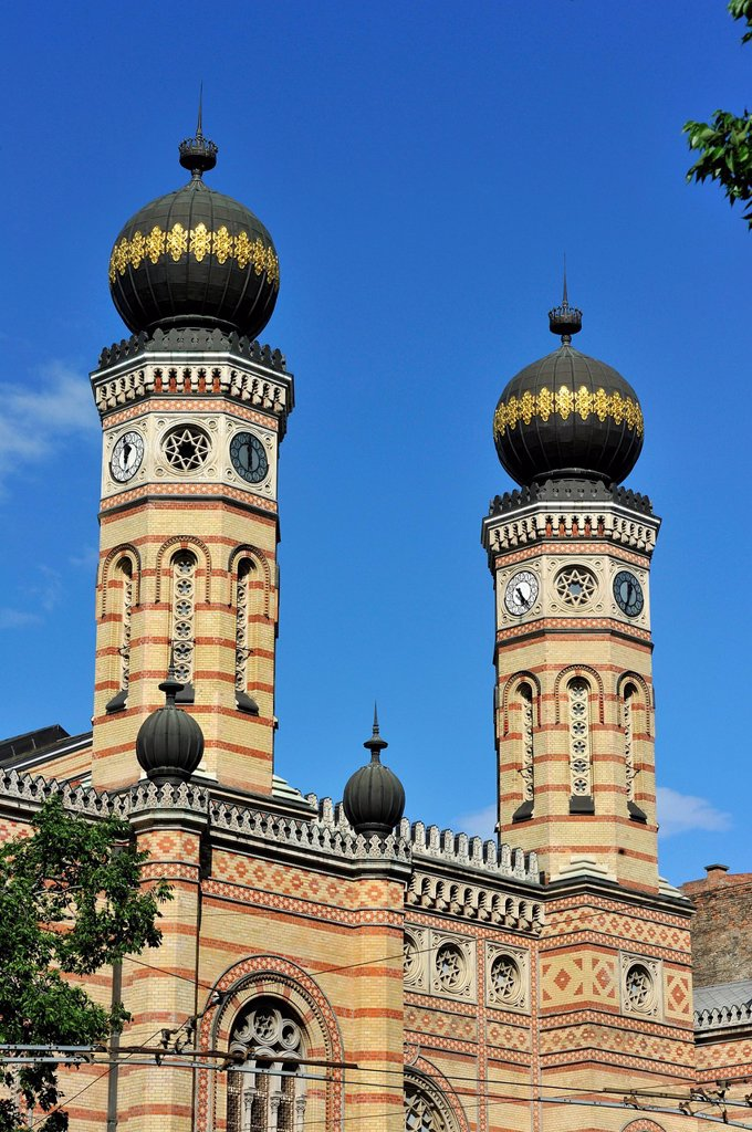 Stock Photo: 1792-149434 Hungary, Budapest, listed as World Heritage by UNESCO, the Great Synagogue built between 1854 and 1859 by Viennese architect Ludwig Forster in Moresque style