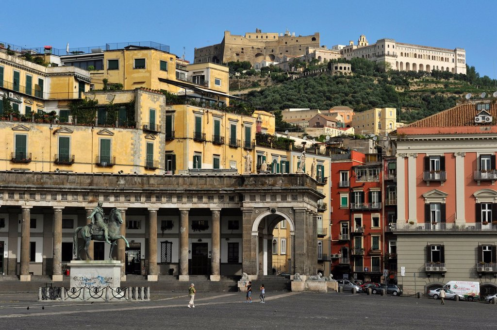 Italy, Campania, Naples, historical centre listed as World Heritage by UNESCO, Piazza del PlebiscitoItalie, Castel Sant´Elmo and Certosa di San Martino St. Martin´s Charterhouse on the background : Stock Photo