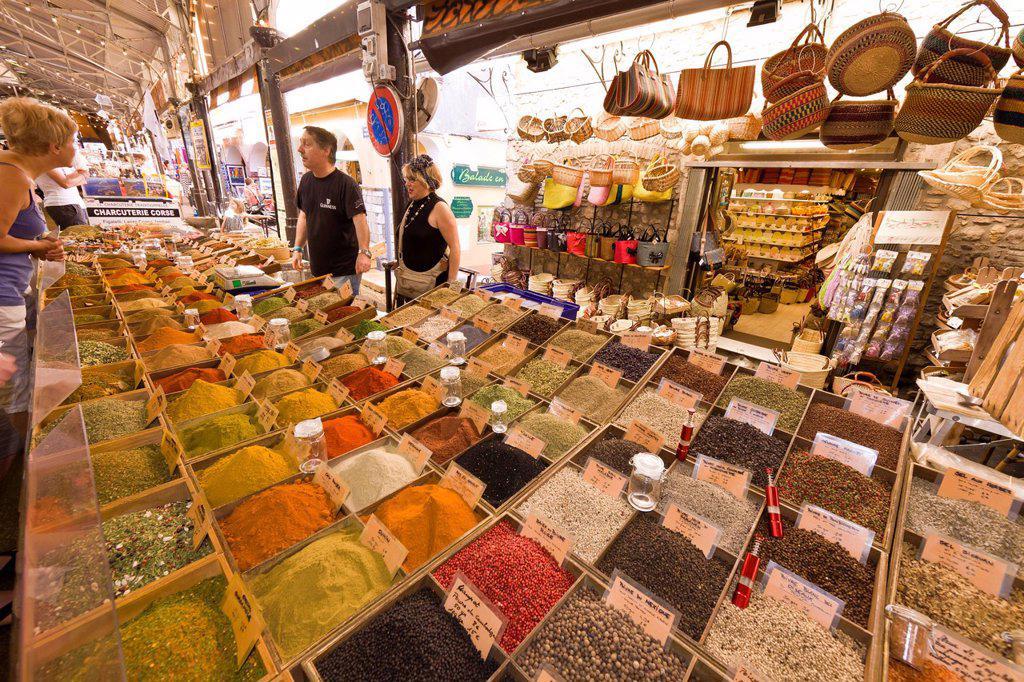 France, Alpes Maritimes, Antibes, the market hall : Stock Photo