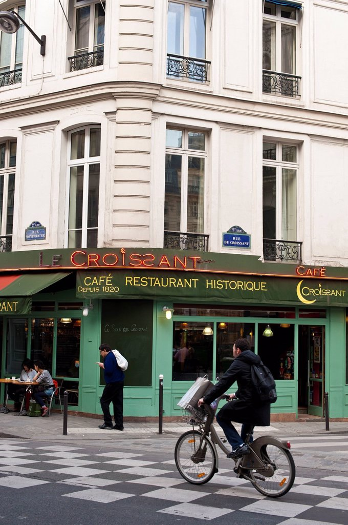 Stock Photo: 1792-151879 France, Paris, bar restaurant in Rue Montmartre Montmartre street