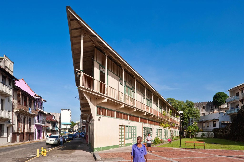 Stock Photo: 1792-152361 Panama, Panama City, historic town listed as World Heritage by UNESCO, Casco Antiguo, Barrio San Felipe, boat_shaped building