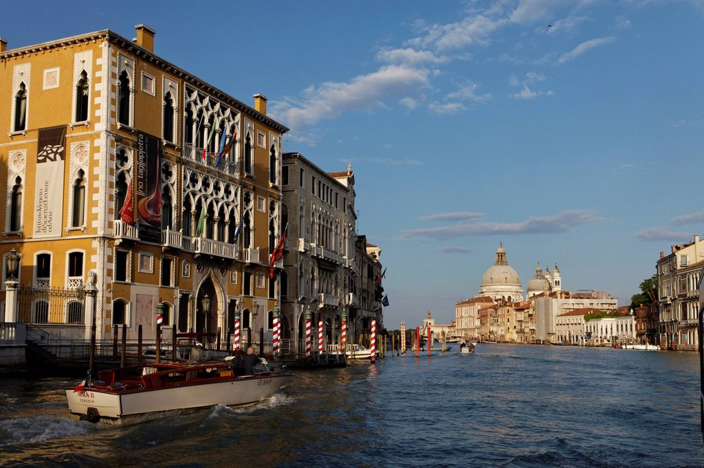 Stock Photo: 1792-153153 Italy, Venetia, Venice, listed as World Heritage by UNESCO, San Marco district, Grand Canal near Ponte dell´Academia, in the background Santa Maria della Salute church