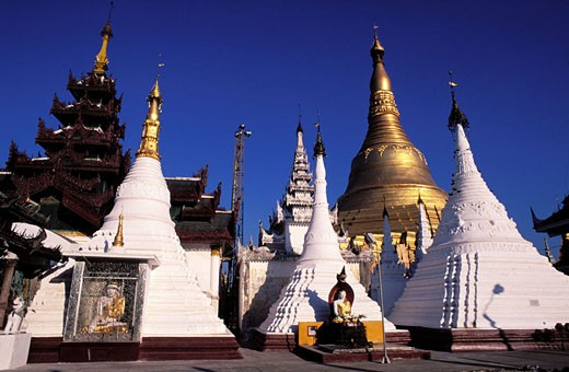 Stock Photo: 1792-33613 Burma (Myanmar), Rangoon (Yangon), the Shwedagon Pagoda