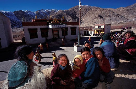 India, Jammu and Kashmir State, Ladakh Himalaya, Villagers attending annual monasteries festivities : Stock Photo