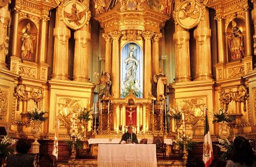 Stock Photo: 1792-36134 Mexico, Federal district, Mexico City, San Francisco church, Baroque retable