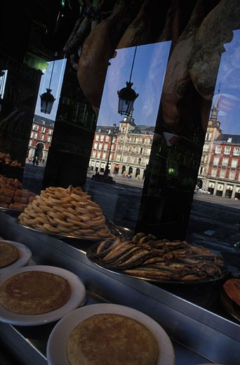 Spain, Madrid, tapas bar on Plaza Mayor : Stock Photo