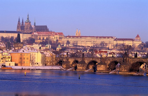 Czech Republic, Prague, Charles Bridge on the Vltava in front of Mala Strana district and Saint Vitus Cathedral (Katedrála svatého Víta) inside the Castle : Stock Photo