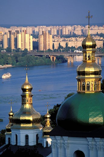 Stock Photo: 1792-40694 Ukraine, Kiev, the river Dniepr and the bulb steeples of the Petchersk Lavra