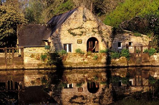 France, Finistère (29), Les Moulins du Duc Hotel restaurant in Moelan sur mer : Stock Photo