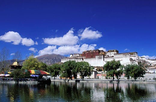 Stock Photo: 1792-42826 China, Tibet, Lhassa, Potala Palace, old house of Dalai Lamas