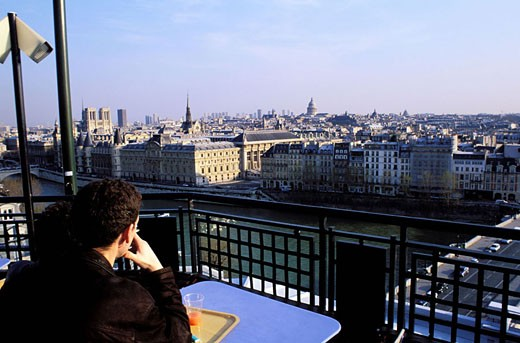 France, Paris (75), panorama from the terrace of Samaritaine department store café (archives - picture taken before store closes) : Stock Photo