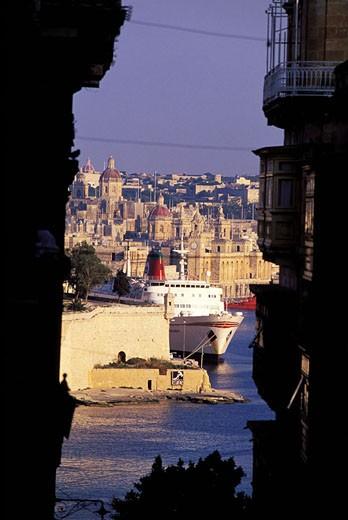 Malta, Vittoriosa, small town in front of Valetta : Stock Photo