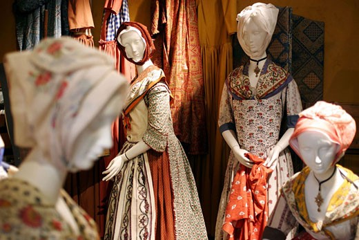 Stock Photo: 1792-48739 France, Bouches-du-Rhône (13), Tarascon, museum of Souleado cloths from Provence (old dressmaker workroom)