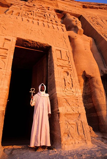 Egypt, Nile Valley, Abu Simbel, little temple dedicated to Hathor in tribute to Nefertari (wife of Ramses II) front door : Stock Photo