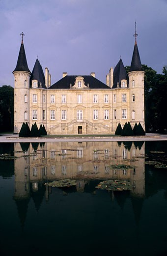 France, Gironde (33), Pauillac, Pichon castle at Longueville : Stock Photo