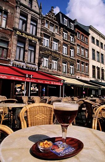 Belgium, Antwerp (Antwerpen), the historical city, outside a cafe, an Antwerpen´s beer : Stock Photo