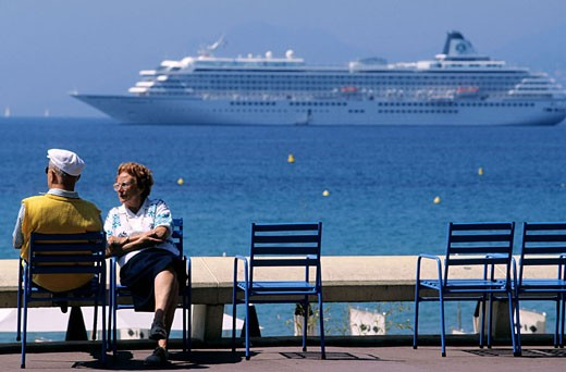 France, Alpes-Maritimes (06), Cannes, some retired on the Croisette : Stock Photo