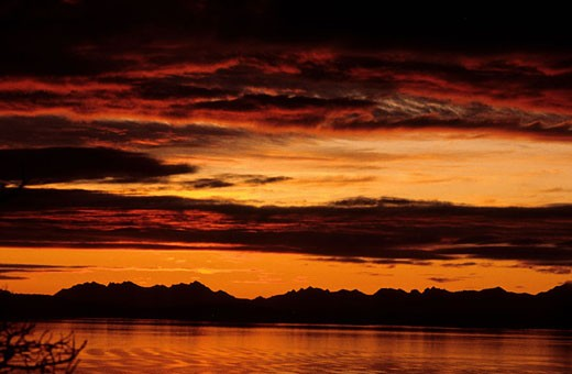 Stock Photo: 1792-50847 Norway, midnight sun on Lofoten islands