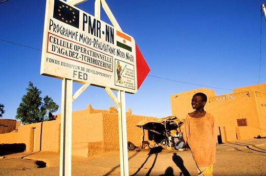 Niger, Agadez, aid of the European Development Fund EDF : Stock Photo