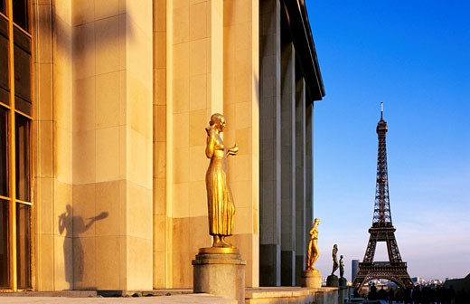 France, Paris, Trocadero Esplanade statues and Eiffel Tower : Stock Photo