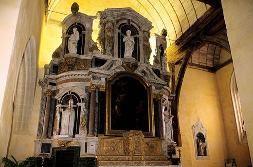 France, Mayenne (53), Château Gontier, retable in Bazouges church : Stock Photo