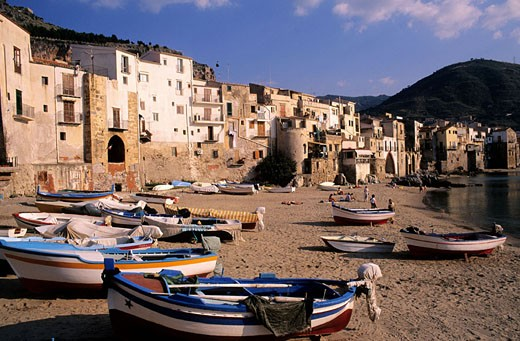 Stock Photo: 1792-53572 Italy, Sicily, Cefalu beach