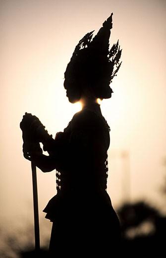 Stock Photo: 1792-55065 Thailand, Sukhothai, historical park, Loi Krathong festival (november)