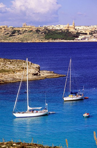 Stock Photo: 1792-56212 Malta, Comino Island, boats anchored in Blue Lagoon Bay