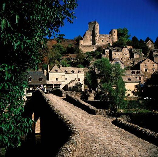 Stock Photo: 1792-58755 France, Aveyron, Belcastel village, labelled Les Plus Beaux Villages de France The Most Beautiful Villages of France