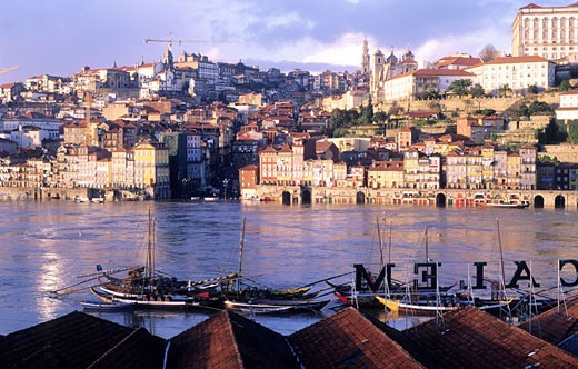 Stock Photo: 1792-59244 Portugal, Douro Province, Oporto, historical center seen from the warehouses of Vila Nova de Gaia