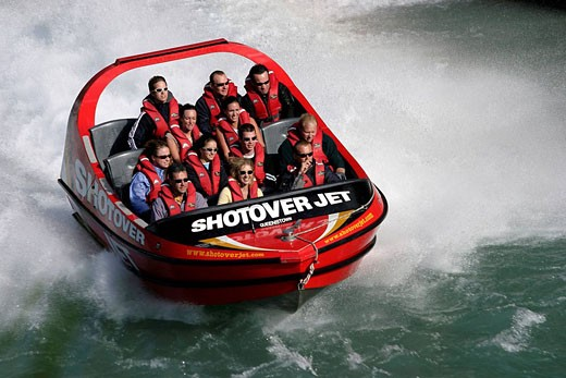 New Zealand, South Island, Queenstown, descent of river in speed boat of 600CV at 130 m/h: the Jetboat : Stock Photo