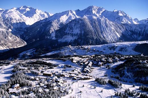 France, Savoie (73), Trois Vallees ski area, Courchevel 1850 ski resort, aerial view : Stock Photo