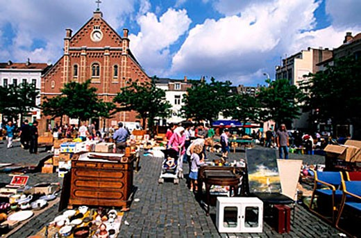 Belgium, Brussels, the ball place (Vossen plein), the daily flea market : Stock Photo