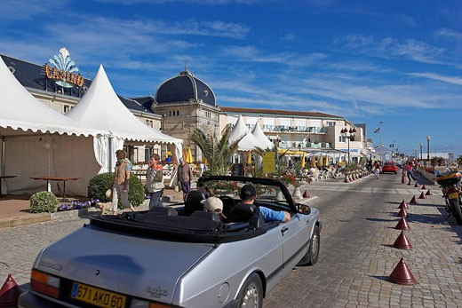 Stock Photo: 1792-66064 France, Charente Maritime, the surroundings of La Rochelle, Chatelaillon Plage, the casino