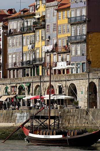 Portugal, Porto, Residential district of Ribeira : Stock Photo