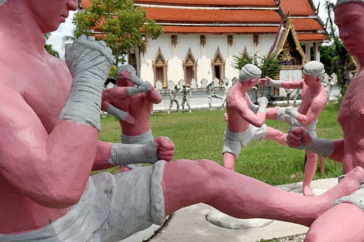 Stock Photo: 1792-70671 Thailand, Bangkok area, Wat Bang Kung temple, life_size models of Muay Thai fighters in different poses