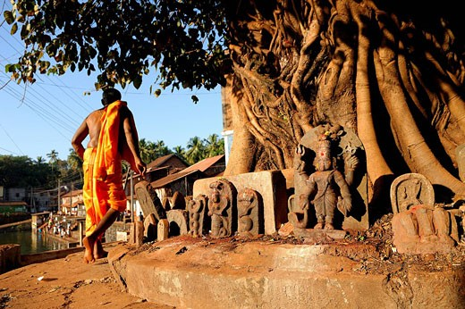 India, Karnataka, Gokarna, one of the most sacred places in Southern India for Hindus : Stock Photo