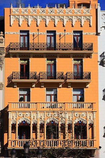 Stock Photo: 1792-74616 Spain, Valencia, facade of a building of the plaza del Ayuntamiento