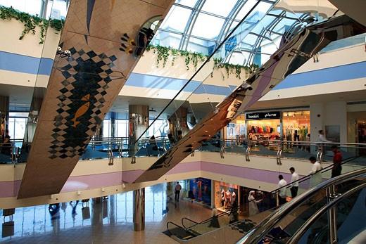 United Arab Emirates, Abu Dhabi, Marina Mall entrance hall : Stock Photo