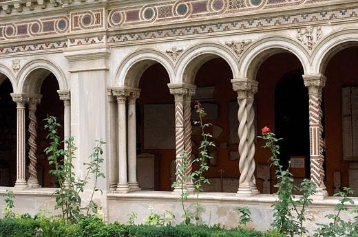 Italy, Lazio, Rome, cloister of the Basilica of Saint Paul Outside the Walls Basilica di San Paolo fuori le Mura : Stock Photo