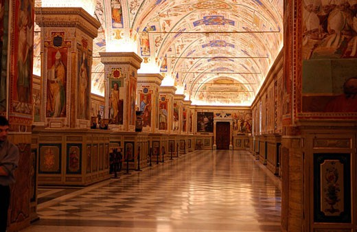 Italy, Lazio, Rome, room Sixte V in the Sixtine library at the Vatican Museum : Stock Photo