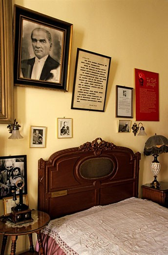 Stock Photo: 1792-79893 Turkey, Istanbul, Pera Palas Hotel where Orient Express passengers went, Ataturk´s room
